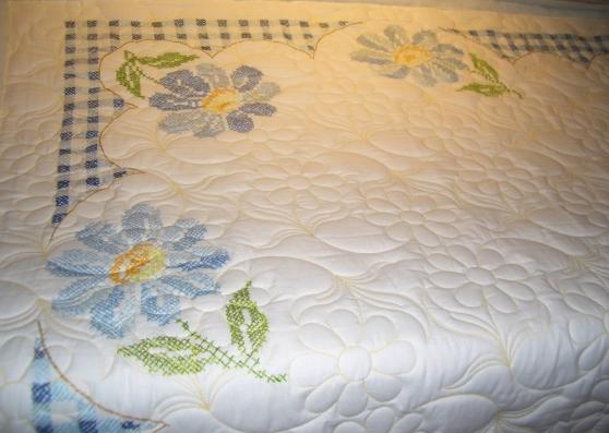 Peggy-Joan's daisy quilt
